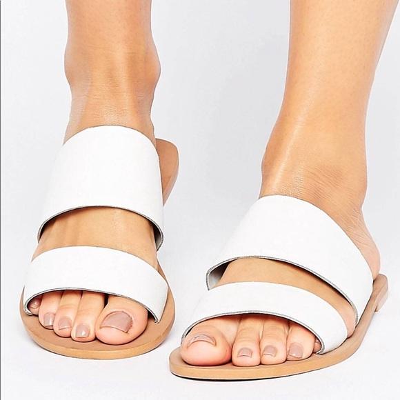 Boohoo White Two Strap Slide Sandals